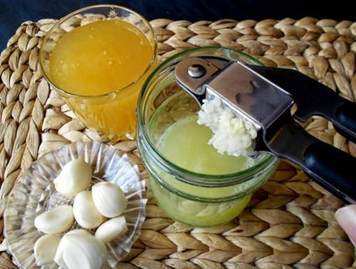 Рецепт для сосудов чеснок с лимоном. Что дает чистка сосудов лимоном и чесноком?