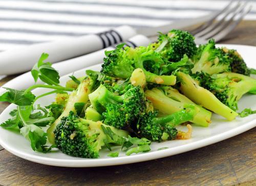 Брокколи рецепты простые. Как приготовить капусту брокколи вкусно и просто – быстрые рецепты блюд из брокколи