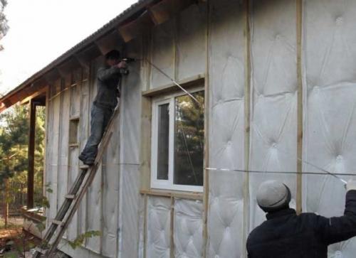 Утепление брусового дома своими руками снаружи. Методика наружного утепления