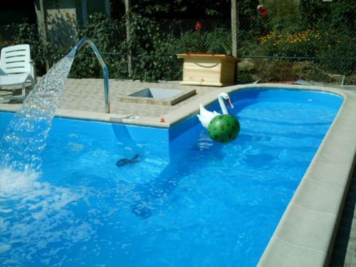 Очистка воды в бассейне на даче