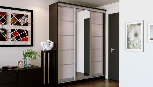 Мебель для узкой прихожей. Выбор шкафа