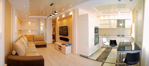 Дизайн однокомнатной квартиры с двумя окнами. Как превратить угловую однокомнатную квартиру в уютное гнездышко